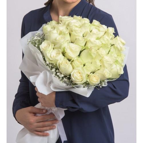 60 Beyaz Güller ile Aşk Buketi