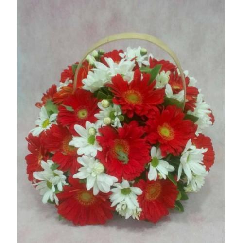 Kırmızı Beyaz Sepet Aranjman